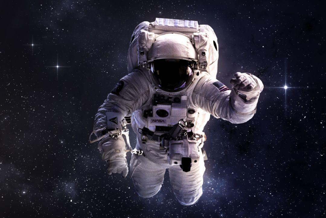 世界首名太空行走宇航员病逝,宇航员贵如钻,难怪NASA要研究NADH